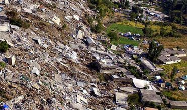 Earth Quake 8-10-2005 of Aazad Kashmir